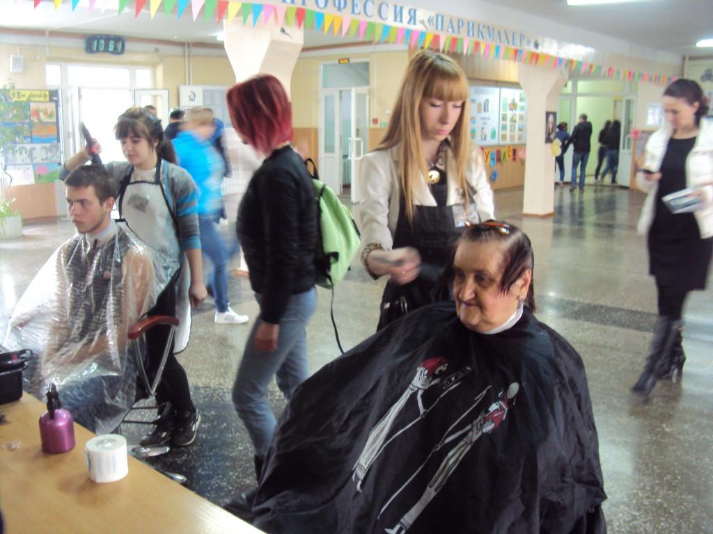 Мастер-класс Выполнение плетения кос